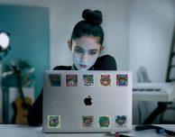 "Apple lancia la nuova campagna pubblicitaria ""Behind the Mac"""