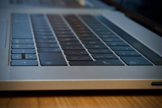 MacBook Pro 16 pollici - tastiera 1